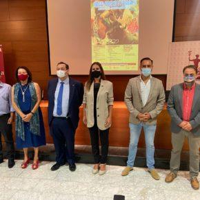 El Concejal de Turismo de Salamanca, Fernando Castaño (Cs) y la Directora General de la Cadena Alimentaria de la JCyL Gema Marcos (Cs) presentan las jornadas gastronómicas de carne de toro